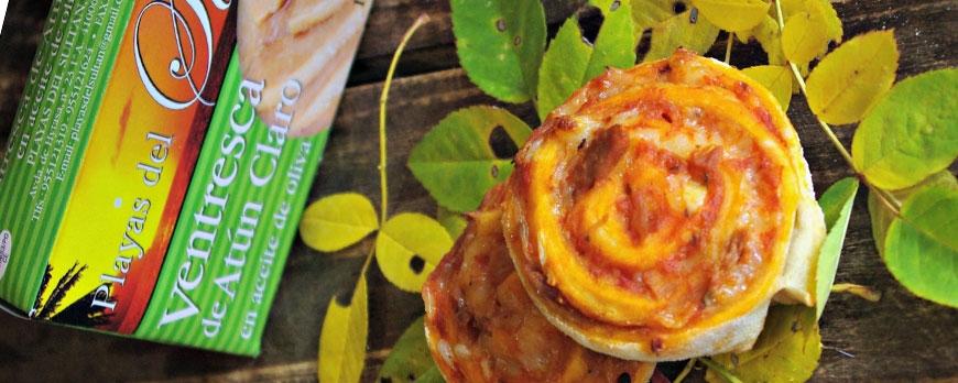 Piruletas saladas de ventresca y salsa napolitana